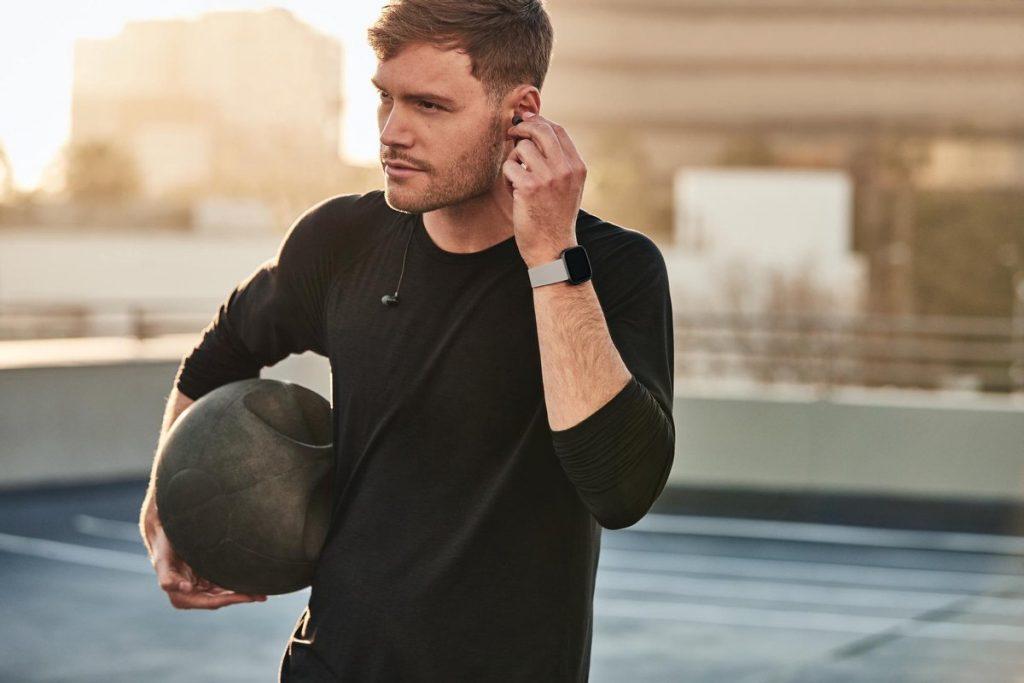 fitbit versa 2 beste smartwatch heren